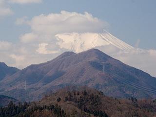 2012年4月8日の富士山写真