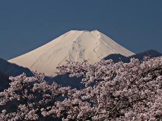2014年4月15日の富士山写真