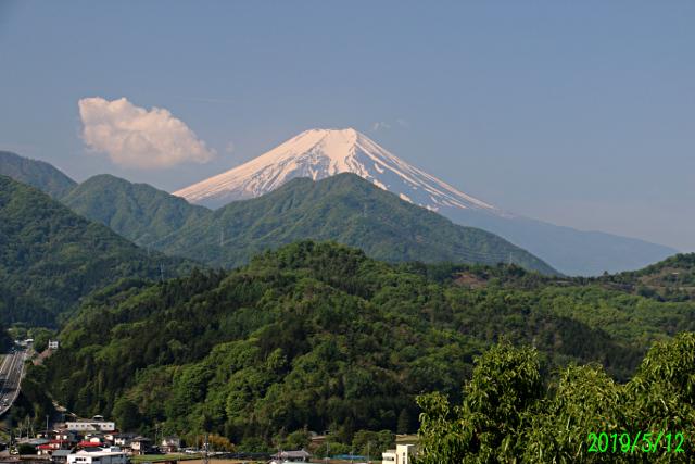 2019年5月12日の富士山